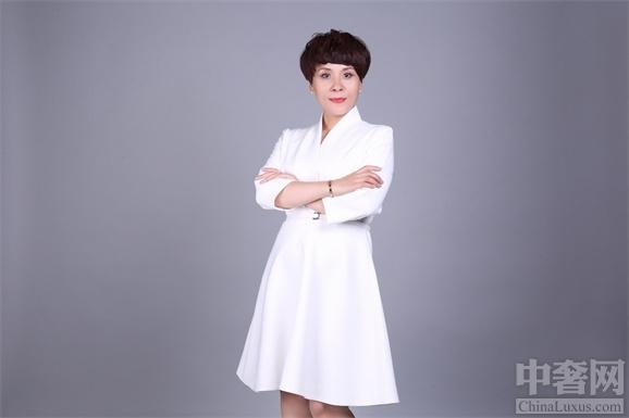 """时尚女强人张冉的""""家政女王""""梦"""